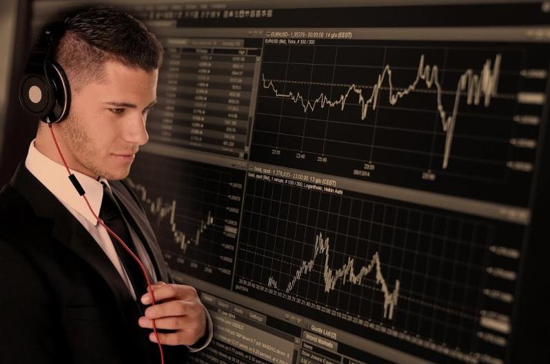 На какой платформе бинарных опционов лучше торговать начинающему трейдеру?